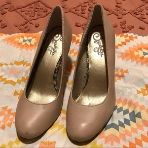 Seychelles leather heels pumps cream beige shoes